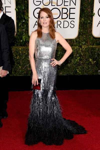 11. Julianne Moore, in Givenchy Haute Couture, with Chopard jewels