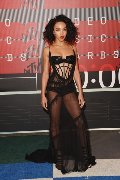 FKA TWIGS IN Atelier Versace and Eva Fehren Jewellery. Photo: Getty Images