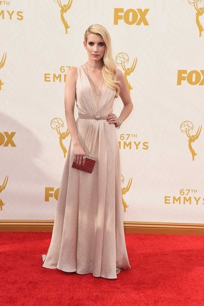 Emma Roberts in Jenny Packham and Martin Katz jewelry Source: www.vogue.com